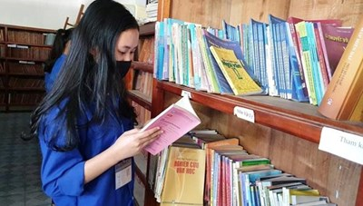 'Đọc sách để thay đổi'