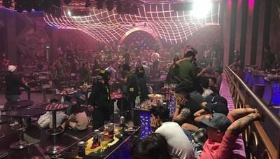 Đồng Nai: Bắt tạm giam chủ quán bar và 3 quản lý vì để khách sử dụng ma túy trái phép 