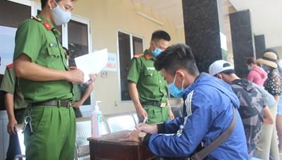 Quảng Nam: Xử lý nghiêm người nước ngoài nhập cảnh trái phép