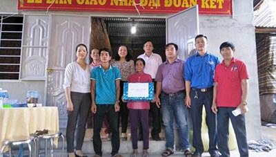 Bình Thuận: Trao nhà Đại đoàn kết cho hộ nghèo dân tộc thiểu số
