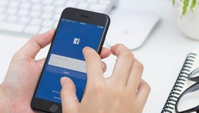 Facebook sẽ bỏ giao diện cũ vào tháng 9
