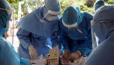 Trước khi phát hiện, bệnh nhân Covid-19 tại Đà Nẵng: Đi chợ, siêu thị, bán xôi...