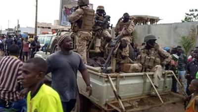 Binh biến ở Mali: Thủ tướng Boubou Cisse kêu gọi đối thoại