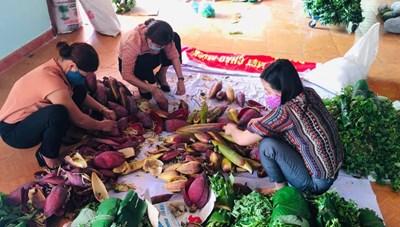 Dân miền núi Quảng Nam ủng hộ 9 tấn rau, củ cho vùng có dịch