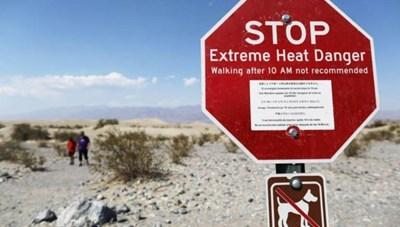Thung lũng Chết chợt nóng bất thường