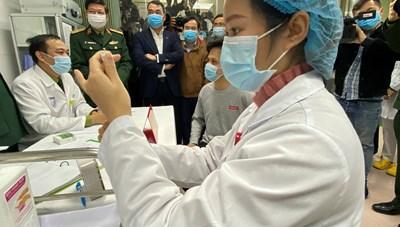 Kiều bào đóng góp ý kiến cho vaccine 'made in Việt Nam'