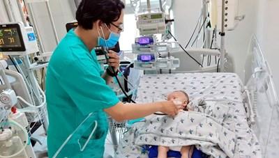 Nỗi lo trẻ em nhiễm Covid-19