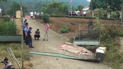 Lào Cai: Sập cổng trường học khiến 3 học sinh tử vong