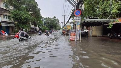 Bão số 5 sẽ gây ngập lụt tại 40 quận, huyện ở miền Trung và tỉnh Kon Tum