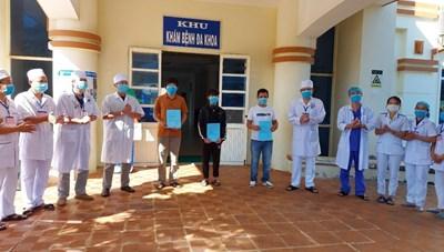 Quảng Ngãi dừng hoạt động Bệnh viện dã chiến điều trị Covid-19