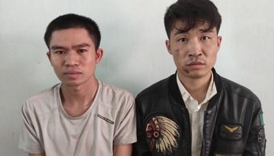 Gia Lai: Bắt khẩn cấp 2 đối tượng dùng súng tự chế trấn tiền lái xe tải