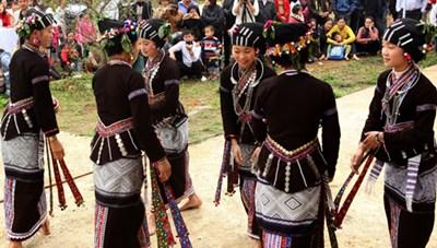 Độc đáo trang phục truyền thống dân tộc Lự