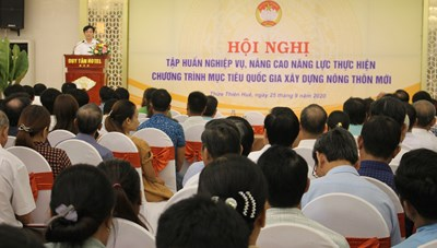 Thừa Thiên - Huế: 420 cán bộ Mặt trận dự tập huấn xây dựng nông thôn mới