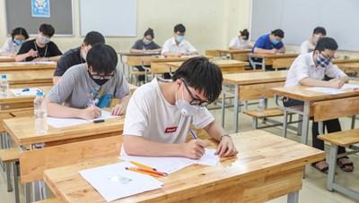 Tuyển sinh Đại học 2021: Vượt chỉ tiêu sẽ bị phạt