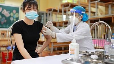 Hà Nội phát hiện 10 người về từ vùng dịchmắc Covid-19
