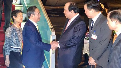Thủ tướng Nhật Bản và Phu nhân bắt đầu thăm chính thức Việt Nam