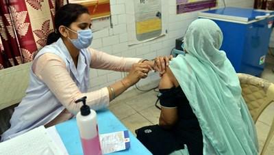 Ấn Độ vượt ngưỡng tiêm 1 tỷ liều vaccine ngừa Covid-19