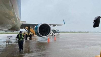 Khai thác trở lại các sân bay trừ sân bay Chu Lai do bị hư hỏng nặng