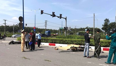 Vượt đèn đỏ, thiếu niên 16 tuổi gây tai nạn khiến 3 người tử vong