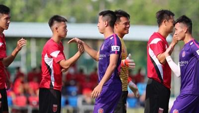 Những cuộc chia tay chấn động bóng đá Việt