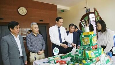 BẢN TIN MẶT TRẬN: Tìm giải pháp chống rác thải nhựa