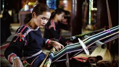 Lễ hội thổ cẩm Việt Nam: Tôn vinh nét độc đáo của văn hóa dân tộc