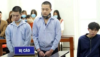 Hai thanh niên đâm gục tài xế grab 'chia nhau' 40 năm tù