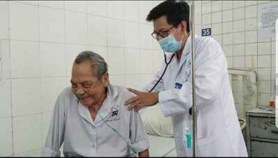 Người cao tuổi và bệnh hô hấp thời tiết