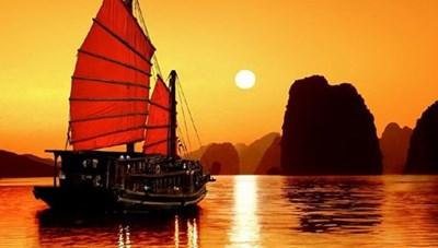 [Infographics] Khám phá sức hấp dẫn của vùng đất Quảng Ninh