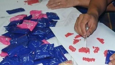 Bắt giữ đối tượng buôn hơn 3.550 viên ma túy tổng hợp
