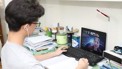 Giáo dục - đào tạo 2020: Vượt bão bằng công nghệ