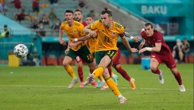[VIDEO] Thổ Nhĩ Kỳ 0-2 Wales: Chiến thắng vui buồn lẫn lộn của Gareth Bale