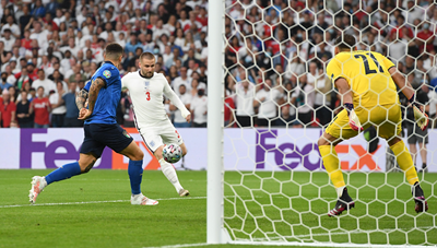 [VIDEO] Khởi đầu như mơ với đội tuyển Anh, Luke Shaw ghi bàn