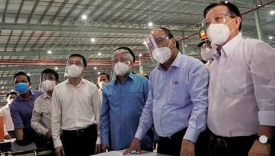 Chủ tịch nước, Chủ tịch UBTƯ MTTQ Việt Nam vào tâm dịch Bình Dương động viên bà con