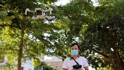 [VIDEO] Dùng flycam giám sát, xử phạt người vi phạm phòng dịch