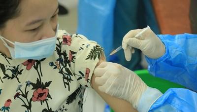 [VIDEO] Thai phụ trên 13 tuần nên đi tiêm vaccine sớm nhất có thể