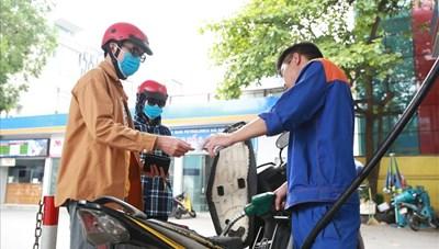 Ngày mai giá xăng có thể tăng mạnh