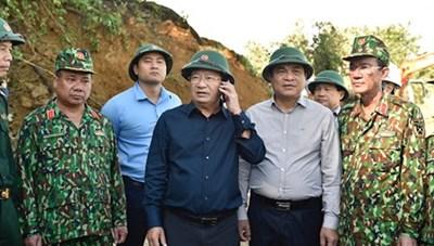 Phó Thủ tướng Trịnh Đình Dũng trực tiếp chỉ đạo cứu hộ tại Nam Trà My