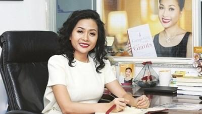 Bà Trần Uyên Phương khẳng định không ký hợp đồng giả cách