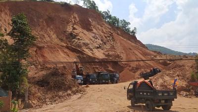 Đồng Nai: Ai đang 'bảo kê' cho công ty Minh Minh Đạt khai thác đất trái phép?
