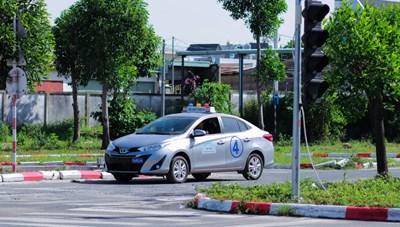 Bình Dương: Hệ thống dạy lái xe ô tô 3T thành lập cơ sở mới