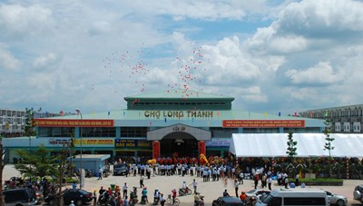 Đồng Nai: Gần 1.000 tiểu thương chợ Long Thành được tài trợ chi phí tiêm vaccine Covid–19