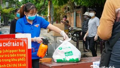 [ẢNH] TP HCM: Thiết lập 'chốt bảo vệ vùng xanh' trên từng khu phố