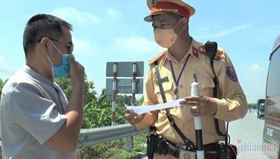Bà Rịa-Vũng Tàu: Tài xế dùng giấy xét nghiệm âm tính Covid-19  'rởm' để thông chốt