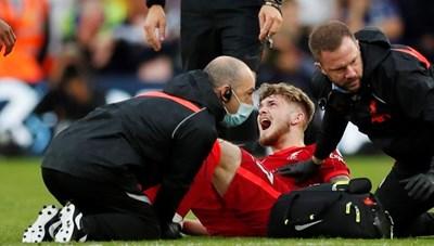 Sao trẻ Liverpool chấn thương kinh hoàng trong chiến thắng trước Leeds United