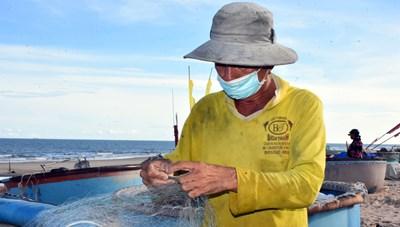 Bà Rịa-Vũng Tàu: Ngư dân vui mừng khi được 'mở' biển