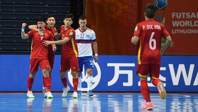 HLV và cầu thủ Nga khen nức nở tuyển futsal Việt Nam sau chiến thắng hú vía