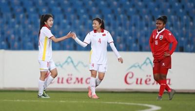 HLV tuyển nữ Việt Nam không hài lòng khi học trò không ghi được hơn 20 bàn
