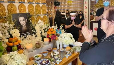 Hình ảnh trong lễ cúng thất đầu của ca sĩ Phi Nhung ở Mỹ