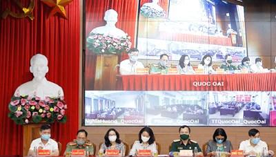 Ứng cử viên đại biểu Quốc hội tiếp xúc cử tri tại huyện Quốc Oai